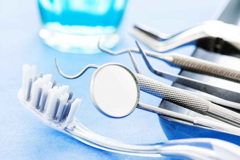 Ile kosztuje wstawienie sztucznego zęba? - Wszystko to, co trzeba wiedzieć!